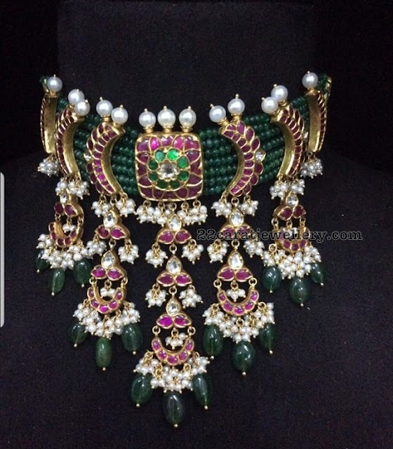Emerald Beads Choker with Kundan Clasps