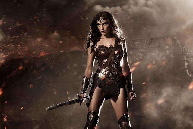 Escritor de DC revela que la Mujer Maravilla es 'queer'; siempre le han gustado las mujeres