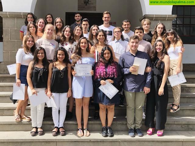 El Ayuntamiento reconoce a los alumnos aridanenses con mejores expedientes académicos