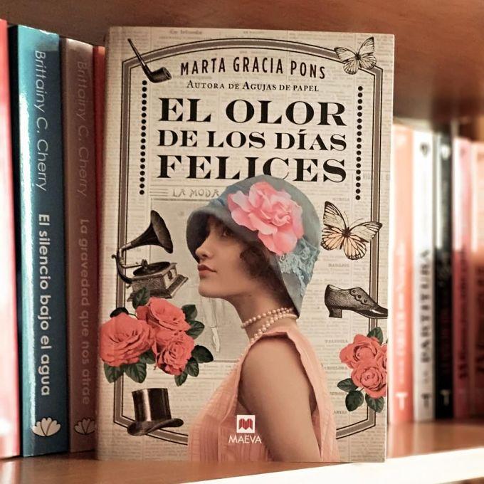 Foto del libro El olor de los dias felices de la autora Marta Gracia Pons