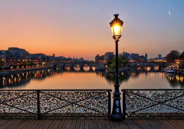 Pont des arts a Parigi