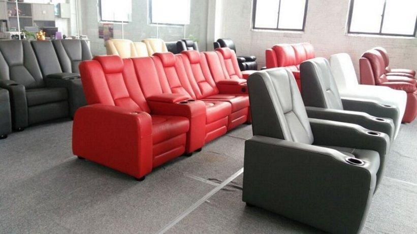 sofa ruang tamu merah 4