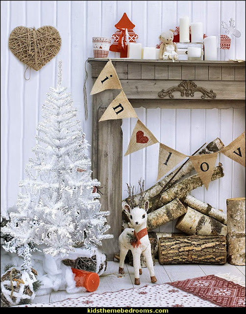 rustic christmas deccorating bedrooms  Rustic Christmas  decorating ideas - rustic Christmas decorations  - Vintage  -  Rustic  - Country style Christmas decorating -  rustic Christmas decor - Christmas stockings - vintage rustic christmas decorations  Rustic Glam Vintage Christmas decor -  Rustic Country Vintage christmas tree ideas - Christmas stockings