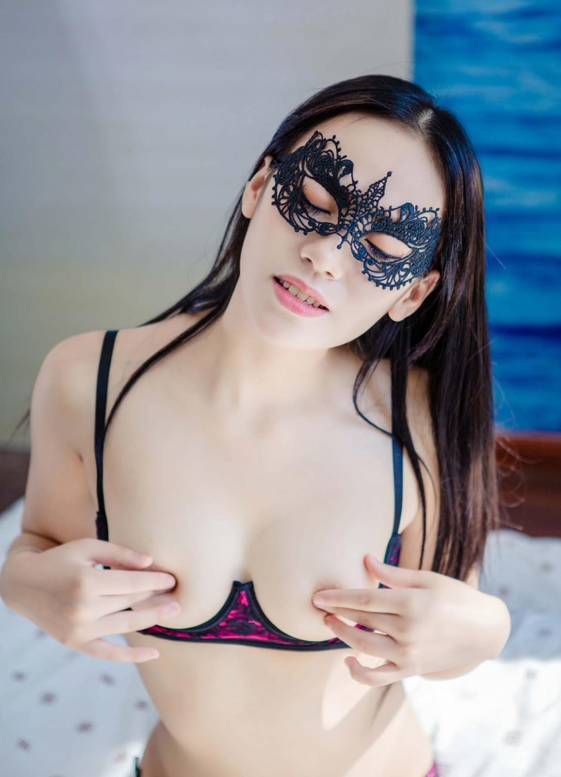 Hot Naked Thick Chinese Model Xiaohua 校花 Pussy Girl Maid Sex Slave Cosplay