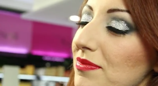 Sephora BeauTV episodio 2 natale make up glitter veronique tres jolie