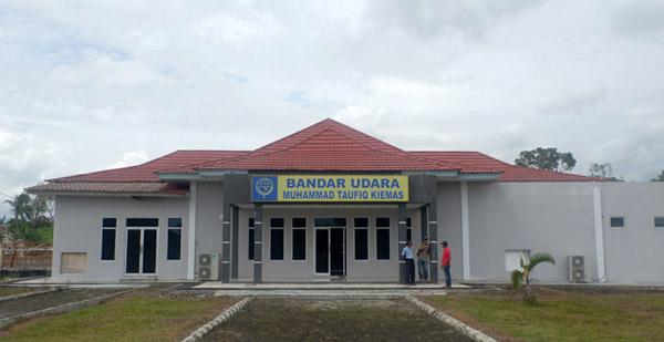Perpanjangan Landasan Pacu Bandara M. Taufiq Kiemas Ditunda