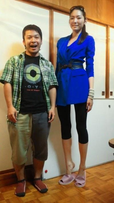Asian foot six tall woman