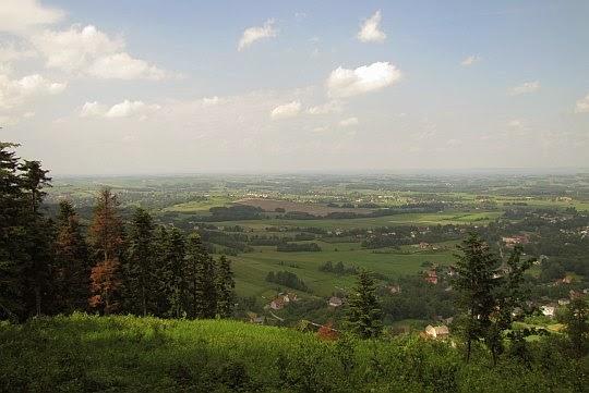 Panorama ze stoku Bliźniaków na południowy zachód.