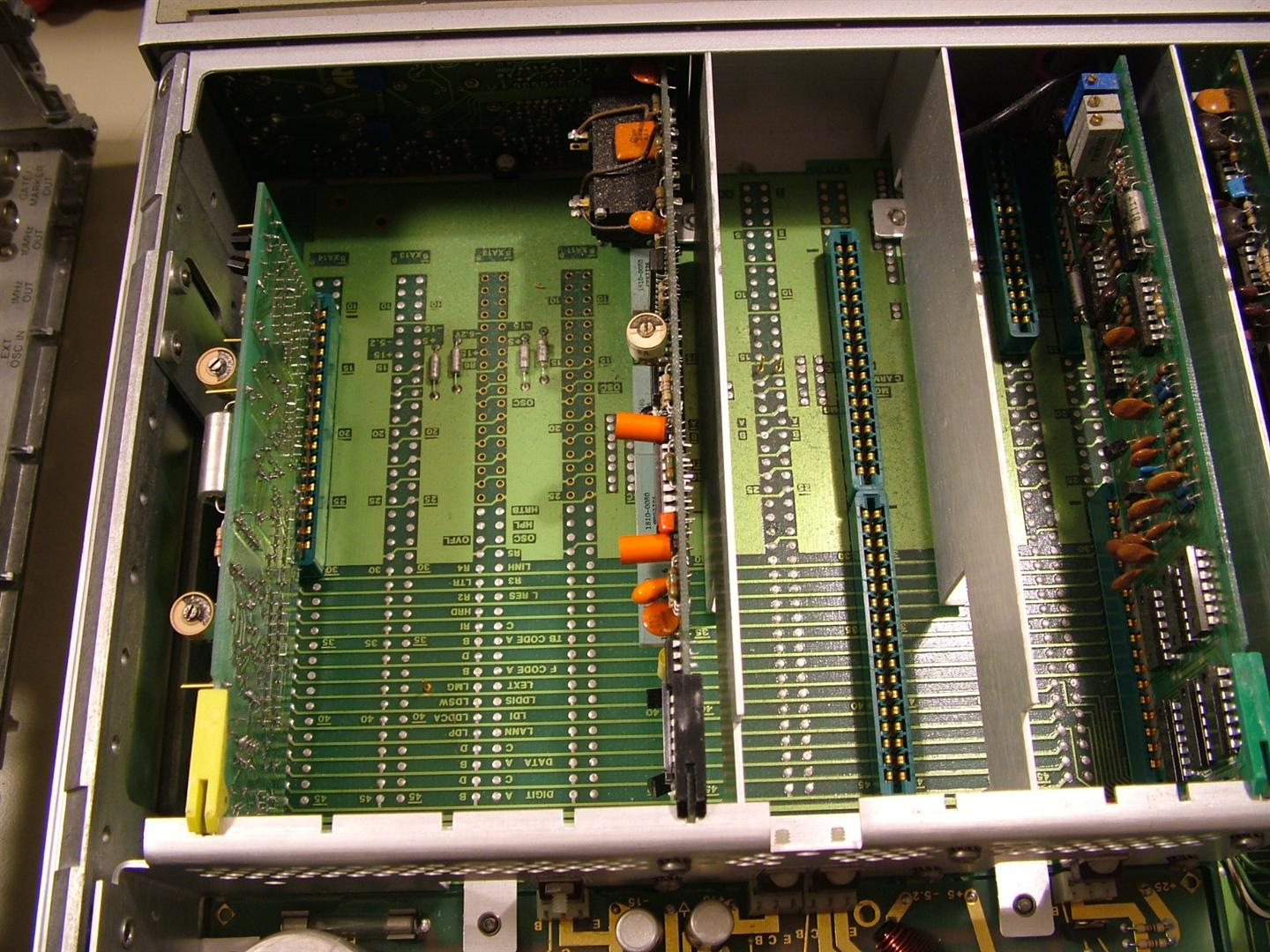 The Life Of Kenneth Hp 5328a Universal Counter Teardown 10mhz Frequency Circuit I Was Toying With Idea Salvaging Out Some Option Modules That Didnt Happen To Be Loaded In Other But It Seems Went As Far