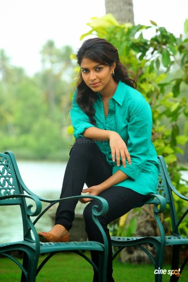 Vishwa Kodikara Real Daughter