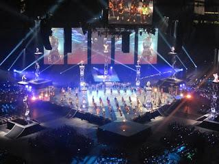 Cirque Du Soleil Performs.