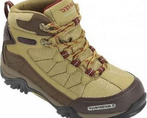 Model sepatu hiking terbaru pendaki gunung pria wanita ...