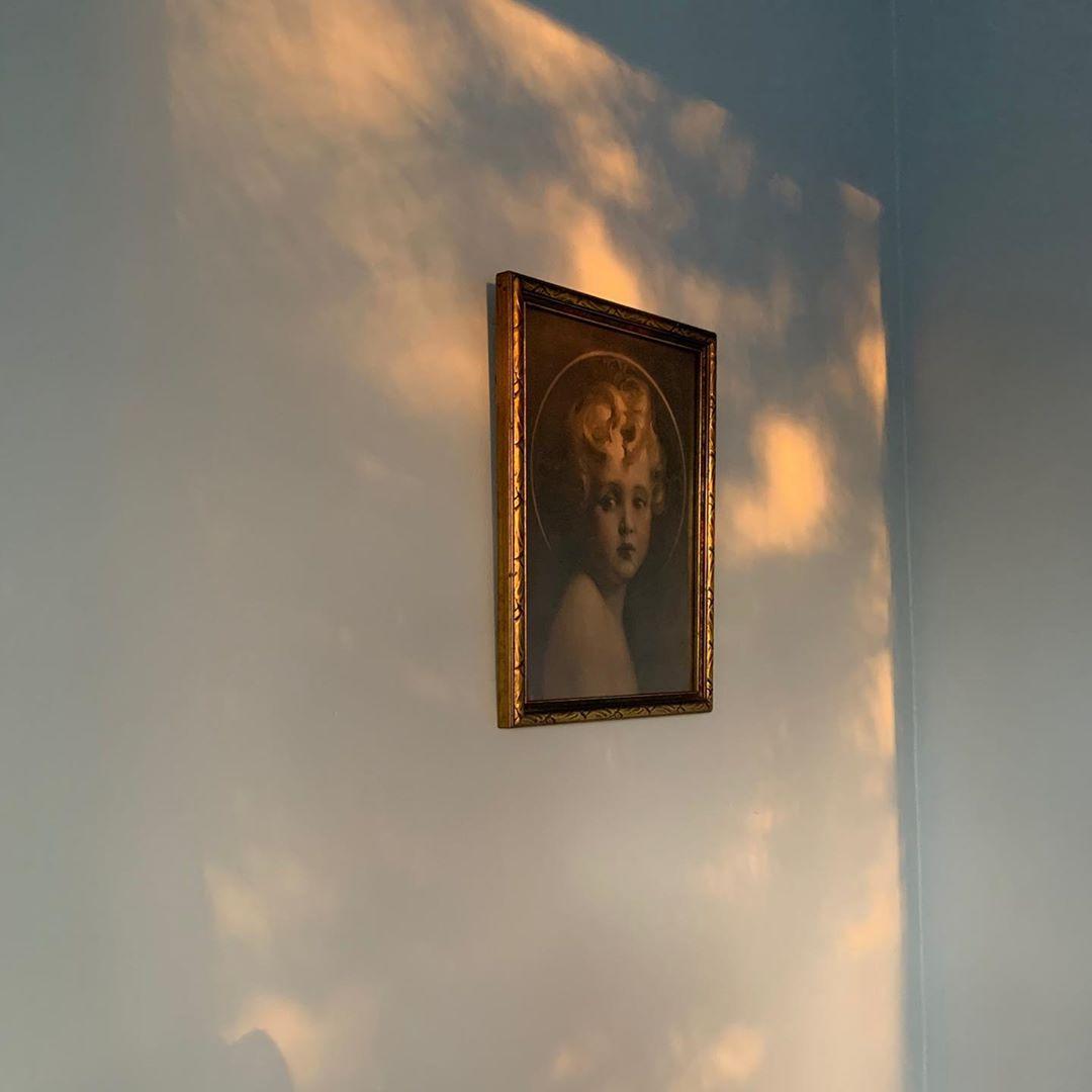 Angel portrait | bedroom, walls, decor, inspiration, interiors, design, baroque, romantic, vintage, feminine | Allegory of Vanity