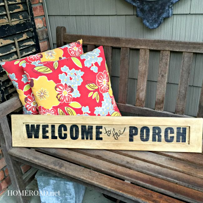 DIY distressed sign @ www.homeroad.net