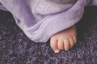 Fotografía de bebé recién nacido. New Born. Newborn. Detalles de bebé.