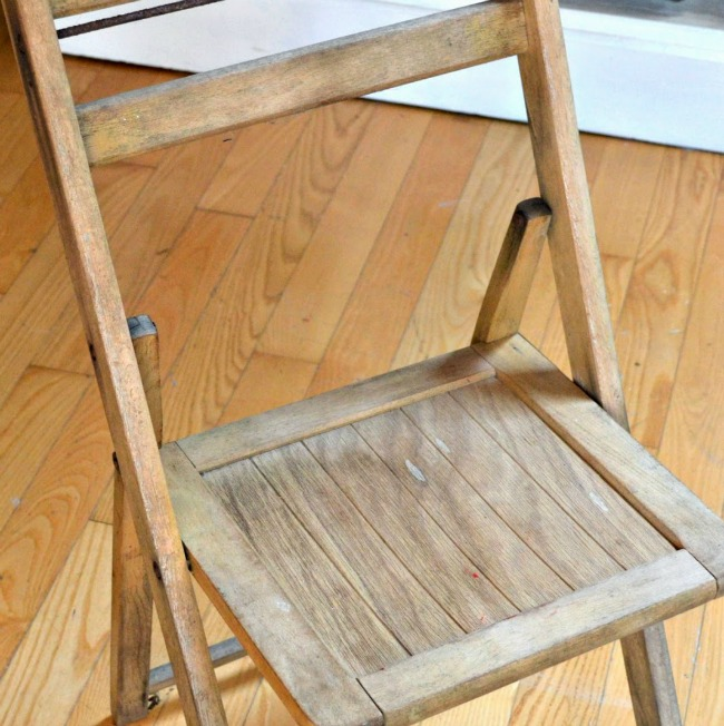DIY Projects Using Folding Chairs