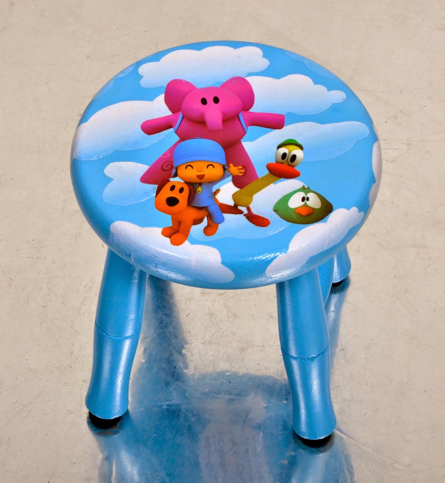 Sillas de madera personalizadas para ni o ni a taburetes mesas y sillas conjuntadas - Taburete ninos ...