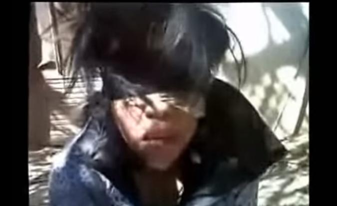 VÍDEO; Asi era un interrogatorio de El Ardilla de los Zetas a una mujer de los contras