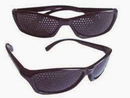 Coba Deh , Kacamata Terapi Pinhole