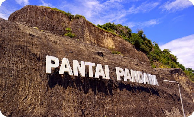 Selamat datang di Pantai Pandawa