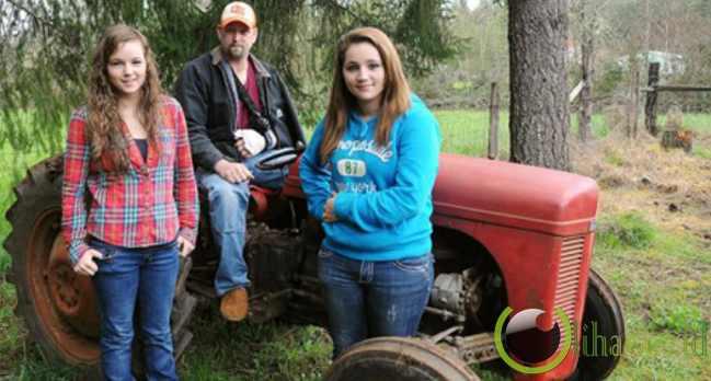 Selamatkan ayah dari tertindih traktor