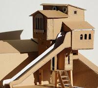 Lombház építése gyerekeknek makett