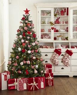 decoración navideña roja