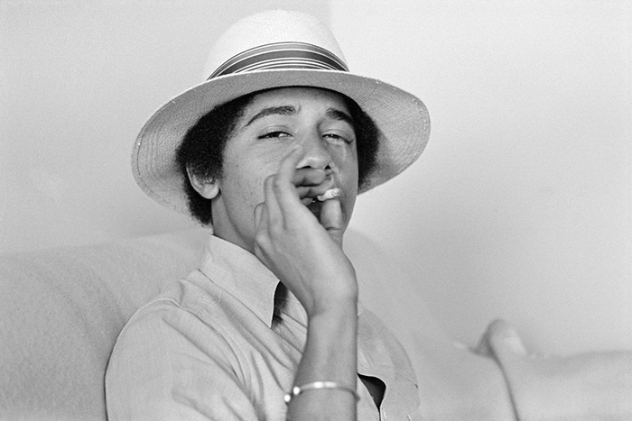 30 Pictures Of World Leaders In Their Youth That Will Leave You Speechless - Young Barack Obama Smoking A Joint
