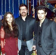 Aditya Pancholi Family Wife Son Daughter Father Mother Age Height Biography Profile Wedding Photos