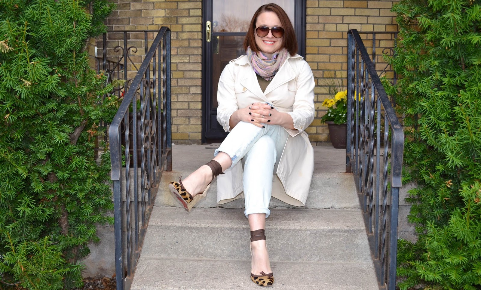 outfit post trenchcoat