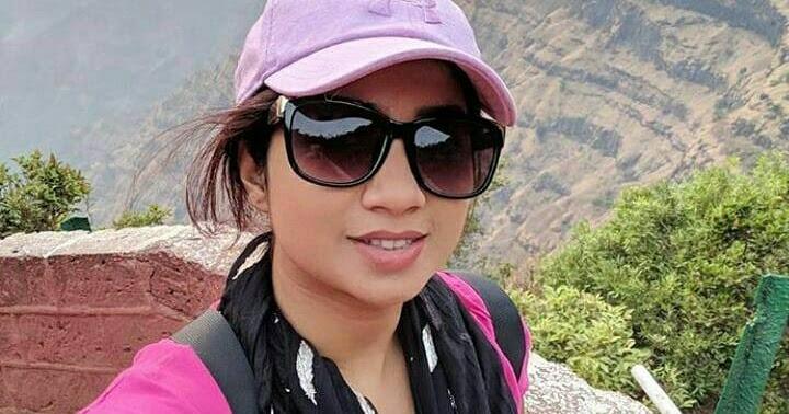 Hot Sexy Bollywood singer Shreya Ghoshal latest image gallery gallery