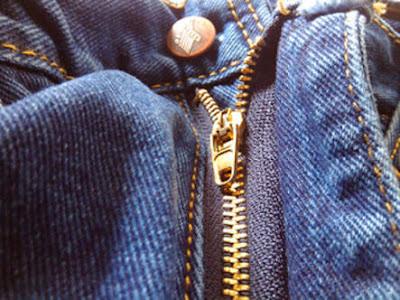 Cara Permak Resliting Celana Jeans Yang Sudah Lecek