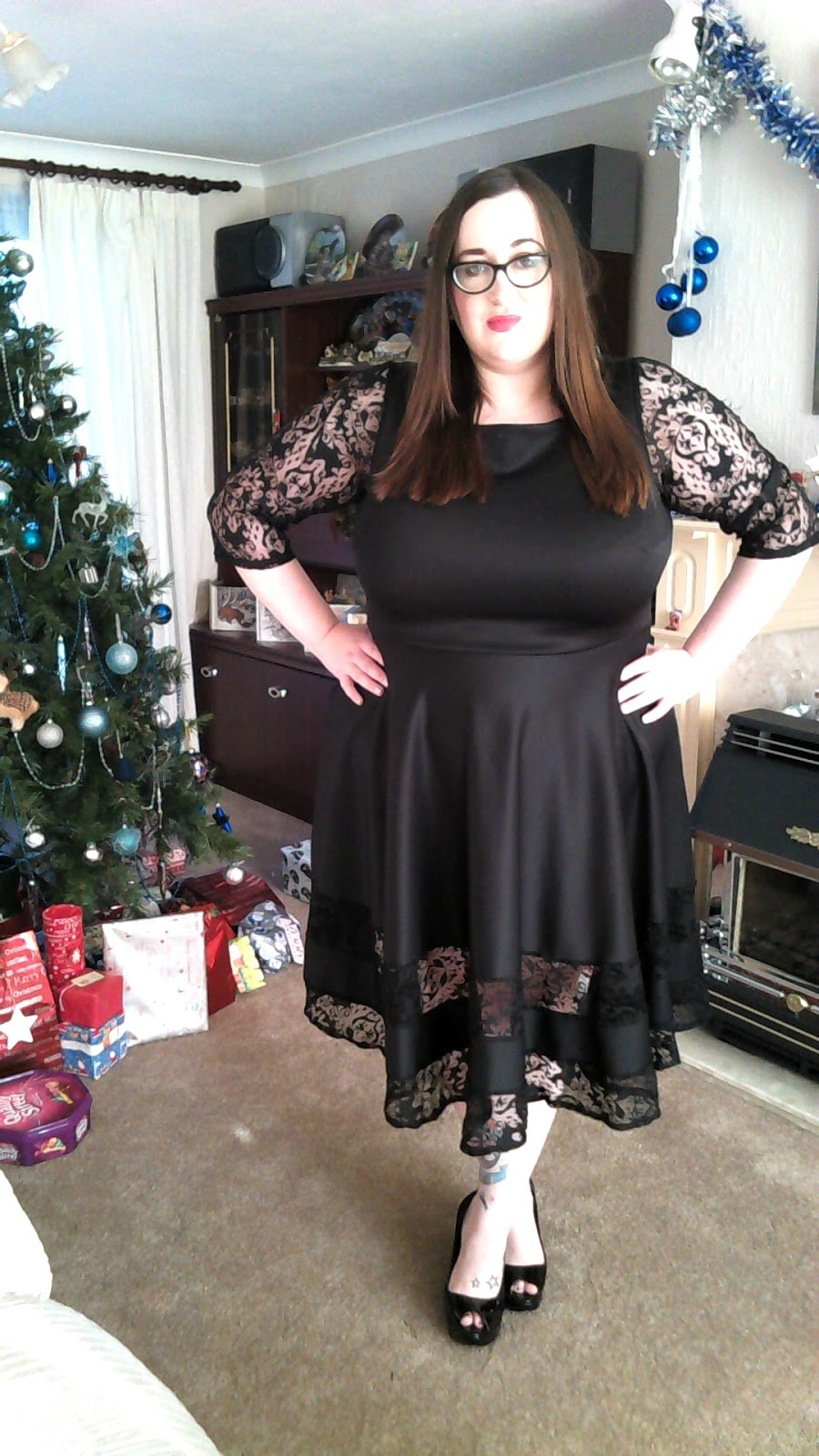 12 Days Of Christmas Dresses 8 Does My Blog Make Me