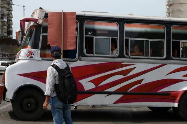 Pasaje aumenta a 700 Bolívares a partir del lunes - otro logro del régimen