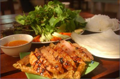 Nem nướng Ninh Hòa một tác phẩm ẩm thực hoàn hảo của ẩm thực Viêt Nam