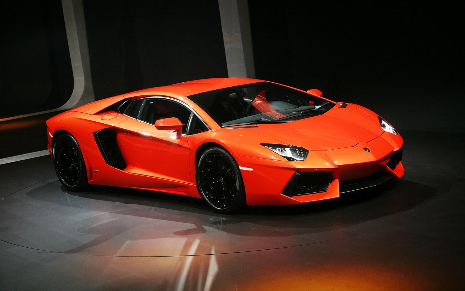 How does the lamborghini aventador compare to the lamborghini murcielago? Hd Car Wallpapers Lamborghini Aventador Wallpaper