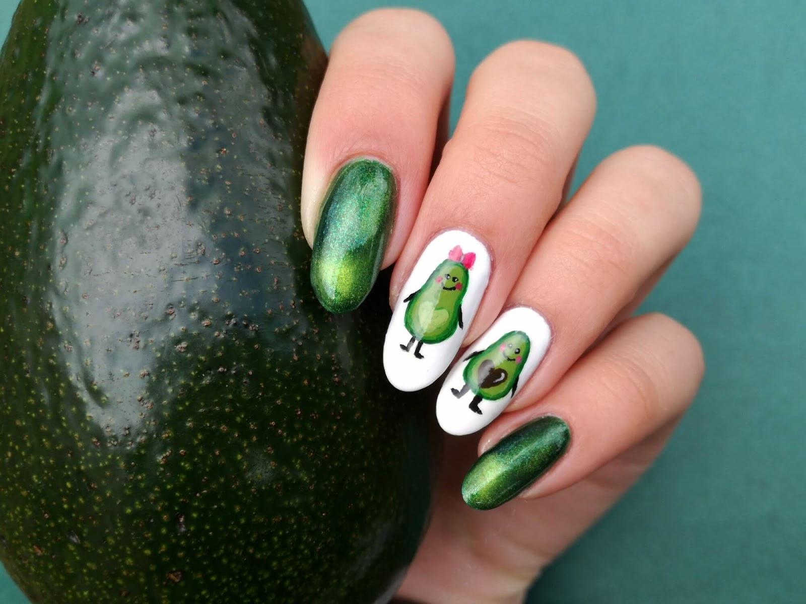 awokado i paznokcie