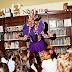 Uma biblioteca de NY convida drag queens para lerem histórias para crianças todos os meses