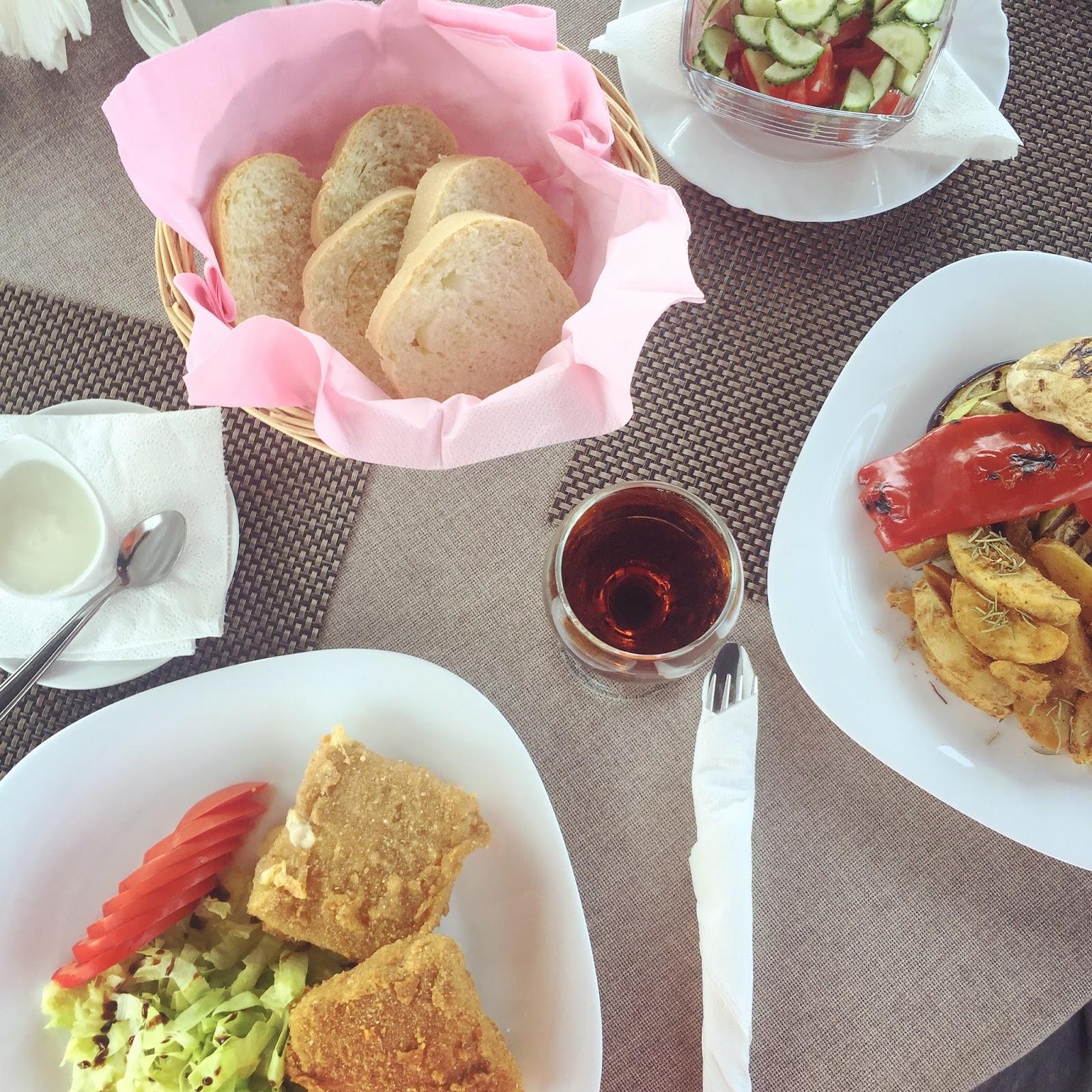 Formidable Joy | UK Fashion, Beauty & Lifestyle Blog | Romania | Vegan | Vegan Eating | Mondrian Events & Gardens