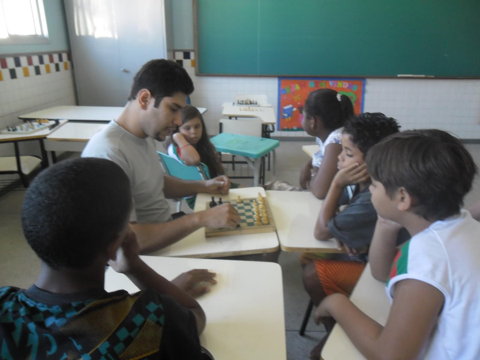 """A Educação Exige Os Maiores Cuidados Porque Influi Sobre Toda A Vida: EMEF """"ORESTES SOUTO NOVAES"""": Projeto Xadrez"""