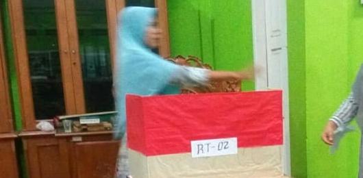 Ulak Karang Selatan Gelar Pemilu RT/RW