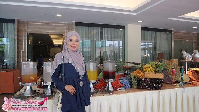 Bazaria Buffet Dinner di The Boulevard Hotel