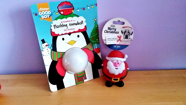 Dog toy flashing snowball and squeaky toy santa