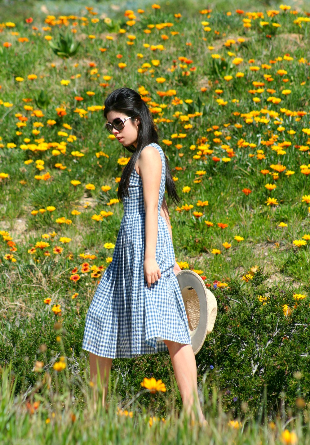 What to Wear to a Picnic_Business Casual_Adrienne Nguyen_Invictus