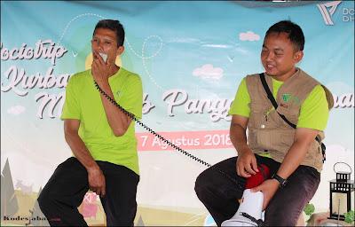 Pak Amud, ketua kelompok peternak kambing binaan Dompet Dhuafa Subang