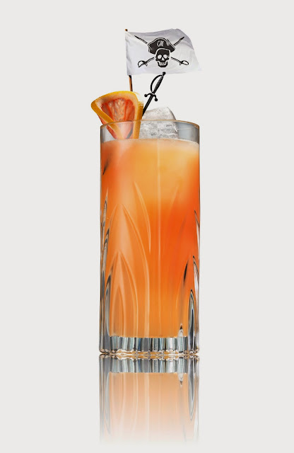 Capain Morgain Grapefruit Rum cocktail for Memorial Day