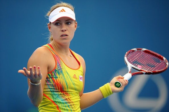 Top 10 Hottest Female Tennis Players - Thehiveasia-2995