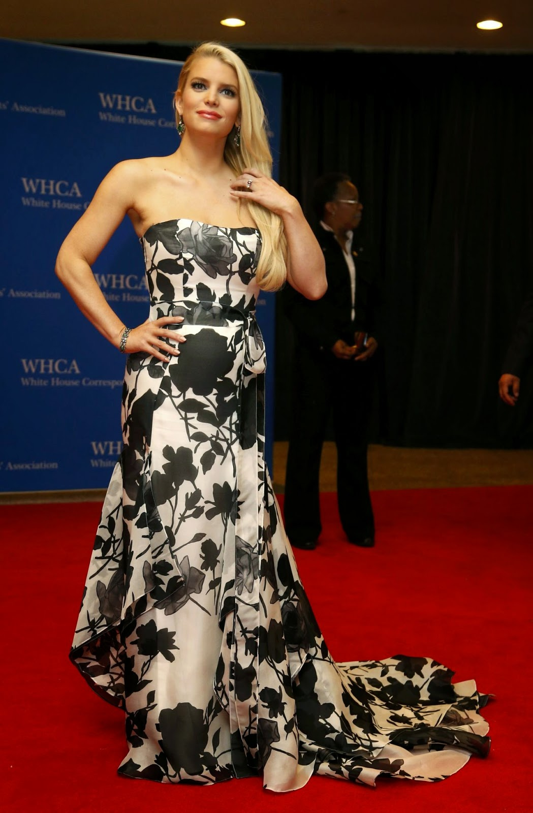 Jessica Simpson – 2014 White House Correspondents' Dinner in Washington