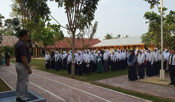 Olimpiade SMP seretak dilaksanakan di seluruh indonesia di tiap tiap kabupaten Pelaksanaan OSN SMP 2019 Rokan Hulu di SMP Negeri 1 Kec. Rambah : Diikuti 170 Sekolah