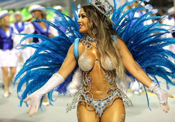 Nene de Vila Matilde (samba school) at the Sambadrome in Rio, 2016